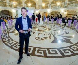 Ведущий Руслан Аманбаев в Павлодаре
